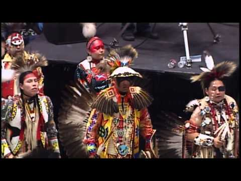 Traditional Special - 2013 Gathering of Nations Pow Wow - PowWows.com