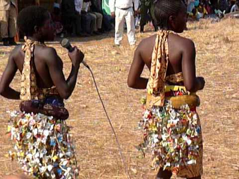 The typical sequences of Nkoya teenage female dancing, Zambia