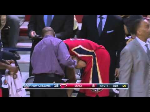Anthony Davis right shoulder injury contact wtih Hassan Whiteside: Pelicans at Heat