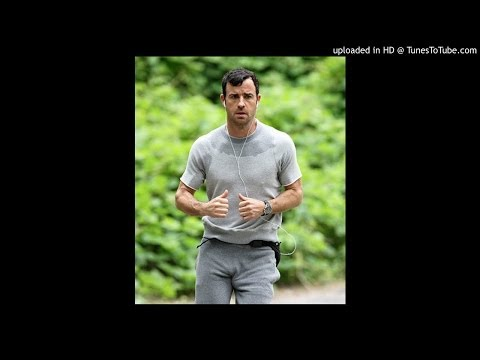 Liv Tyler Says Justin Theroux's Bulge Is