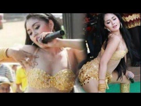 2014 Penyanyi Cewek Dugem Dangdut Koplo Hot Seksi video