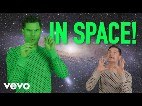 High Fives: Videos in Space (Ariana Grande, Katy Perry, Miley Cyrus, Kanye West, Future...