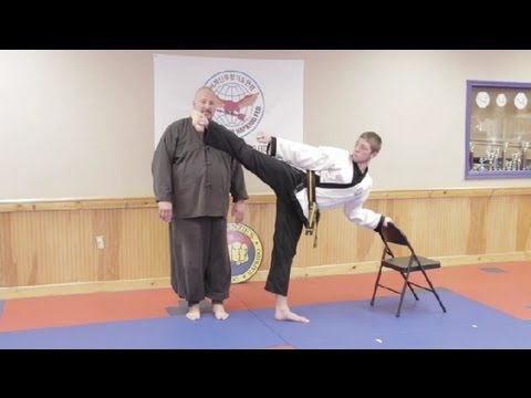 How to Improve Your High Kicking Skills in a Week : Hapkido & Taekwondo Techniques Image 1