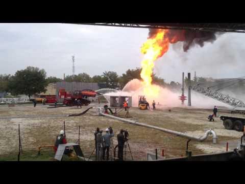 Kitörésvédelmi gyakorlat 2013 Burning Gas Well Blowout The Big Wind in Operation