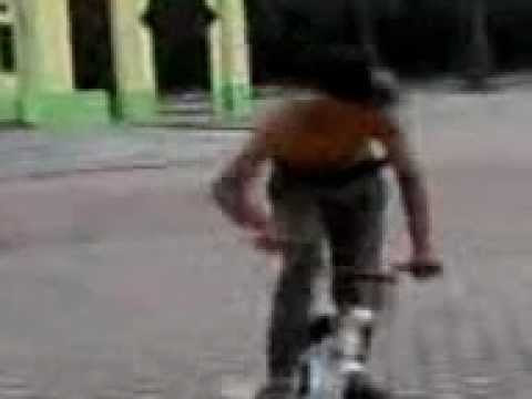Andy Bysicle Bmx Street Perbaungan Xxx Video-0008.mp4 video