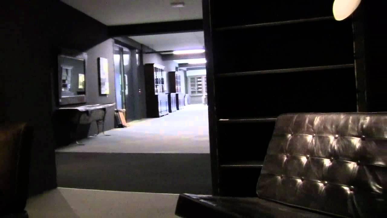 teak kast en tafels maar ook oude deuren,stoel van leer , in de kleur zwart en bruin   YouTube