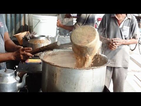 Road Side Stall Making Elaichi Tea (Chaiwala)   Indian Street Food   Street Food Of India [HD]