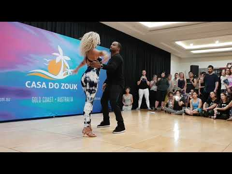 Carlos & Fernanda Brazilian Zouk Demo at Casa do Zouk