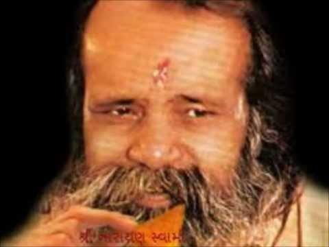Dhun - Bhajan By Pujya Narayan Swami (Bapu).wmv