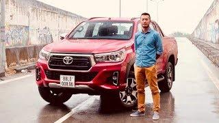 Đánh giá xe Toyota Hilux 2018 - thay đổi TÍCH CỰC |XEHAY.VN|