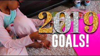 2019 Family GOALS & Leaving Things In 2018 | CK3 FAMILY