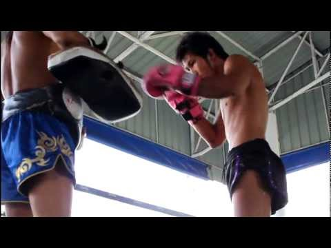 (Part 1) Muay Thai Documentary 8 Limbs: Life Of A Nak Muay HD