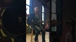 Download Lagu Brett Young- In Case You Didn't Know Gratis STAFABAND