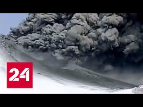 Камчатский вулкан готов взорваться лавой в любой момент