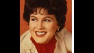 Watch Patsy Cline I Dont Wanna video