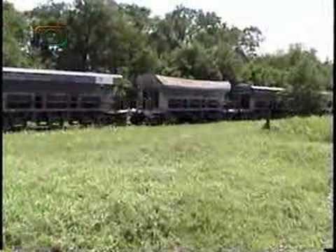 Tren de tolvas mineras entrando a Arroyo Cabral