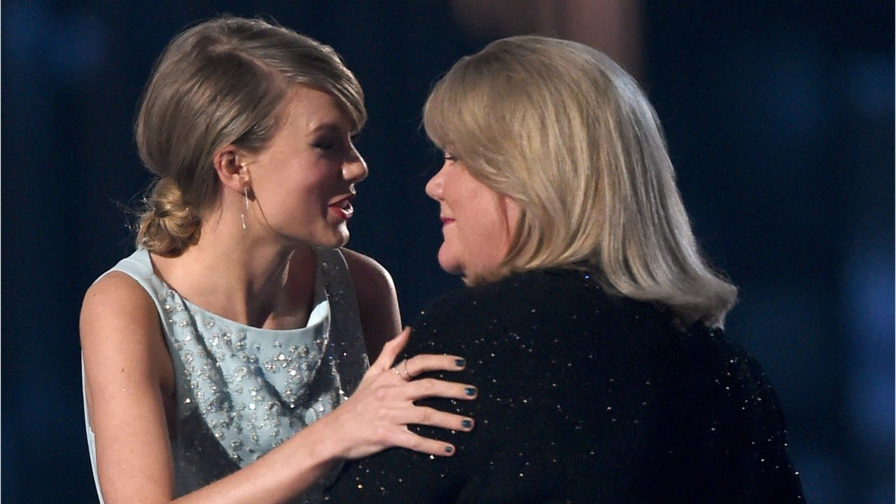 Taylor Swift's Mom Tearfully Testifies At Groping Trial