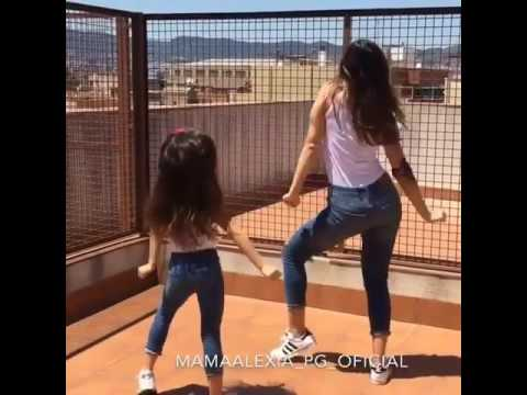 شاهد رقص الام وابنتها ،،جمال خرافي thumbnail