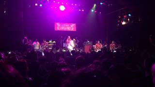 Watch Me First  The Gimme Gimmes Different Drum video