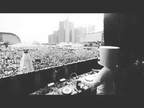 DJ MARSMELOO