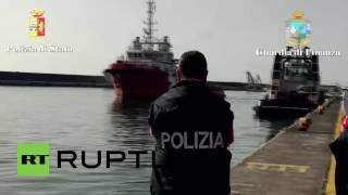 Italy: 16 suspected people smugglers arrested at port of Catania