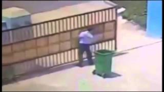 LIVELEAK - An Killed in one of the Most Bizarre Accidents You'll Ever Seen