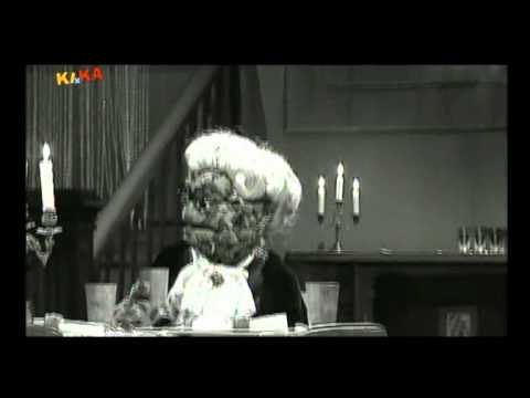 Dinner For One - Bernd Das Brot Version video