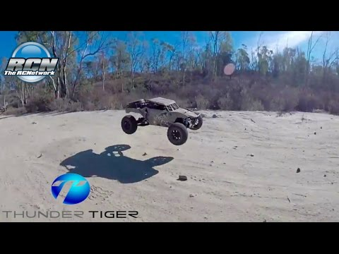 Thunder Tiger Jackal 1/10th 4wd Desert Buggy - Official Running Video