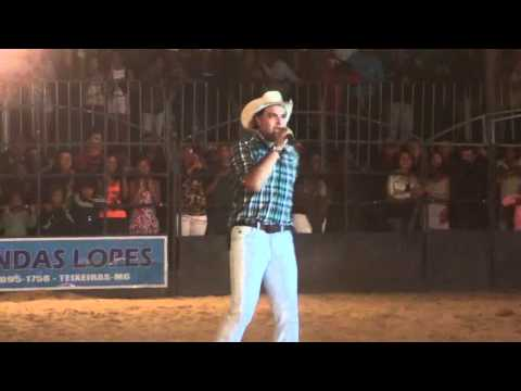 Marco Brasil - Abertura Rodeio De ViÇosa - Mg - Dia 01 10 2011 video