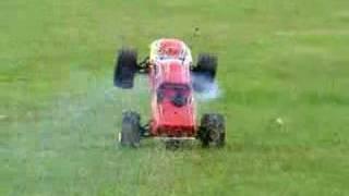 RC Traxxas T-maxx wheelie
