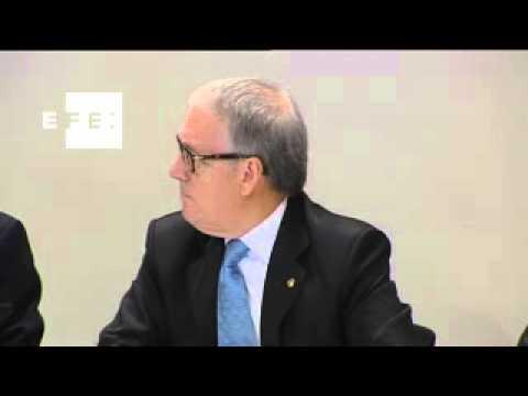 Artur Mas presenta la red de oficinas para una hacienda catalana