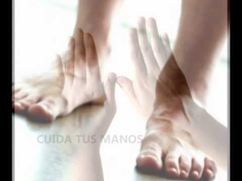 Como se ve el hongo en los pies las uñas