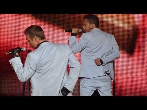 3. Backstreet Boys- Don't Want You Back- Live in St. Louis