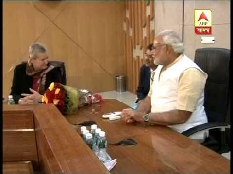 US envoy Nancy Powell meets Gujarat Chief Minister Narendra Modi in Gandhinagar