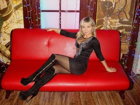 Attractive Mature MILF Cougars Ladies in Pantyhose, Tights, Mini Skirts & High Heels thumbnail