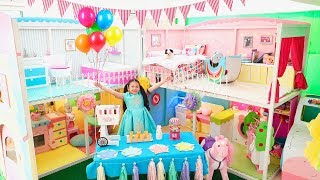 Bug Morning Routine in Giant Barbie Dollhouse