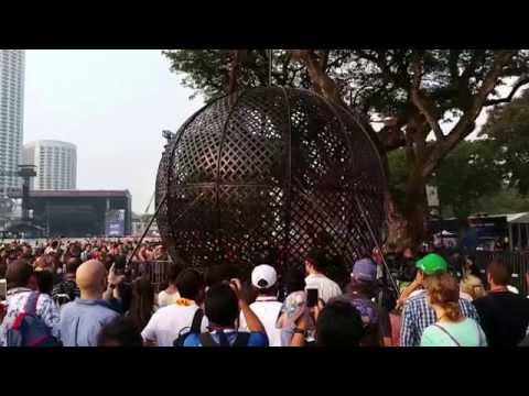 Globe Of Speed World,  Alex Ramien (One Bike) - Singapore Grand Prix F1 2015