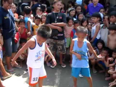 Filipino boys THRILLER a la Michael Jackson, Roilo Golez video collection 11 oct 2009