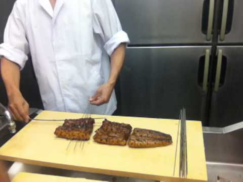 (part 4c. Removing skewers) Japanese giant unagi eel preparation&#8230;