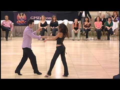 Phoenix Swing 2010 champion J&J winners Jordan Frisbee and Jessica Cox
