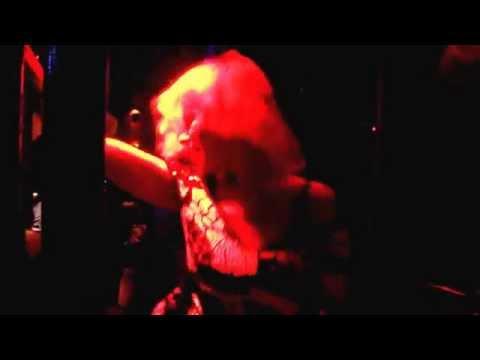 Blonde Lady Dancing Mixx Disco Pattaya