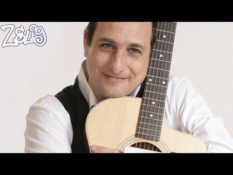 Andrea Di Marco – Le canzoni riassunte | Zelig