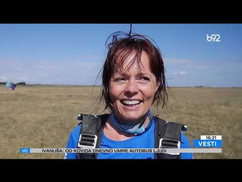 Žene padobranci – adrenalin, entuzijazam i hrabrost