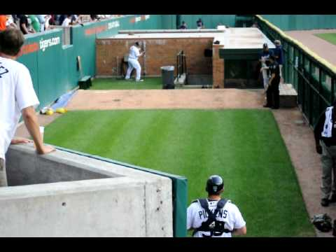 Detroit Tigers 'Phil Coke' warming up at the bullpen