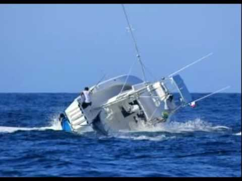 Marlin Sinks Fishing Boat in Panama