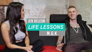 "Download Lagu Machine Gun Kelly: ""When I'm With Her, Nothing Else Matters."" Gratis STAFABAND"