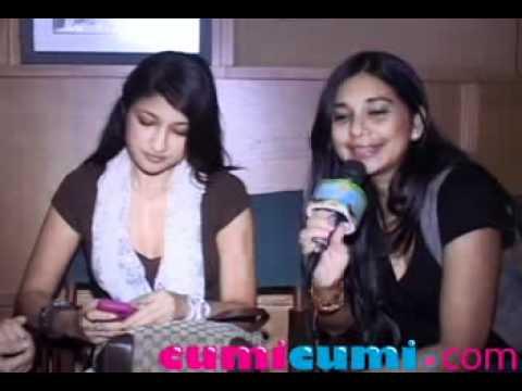 Rahma, Sarah & Ayu Azhari Jadi Bidadari Charly ST 12 - CumiCumi.com