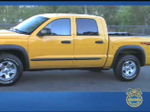 2008 Dodge Dakota TRX4 Review - Kelley Blue Book - YouTube
