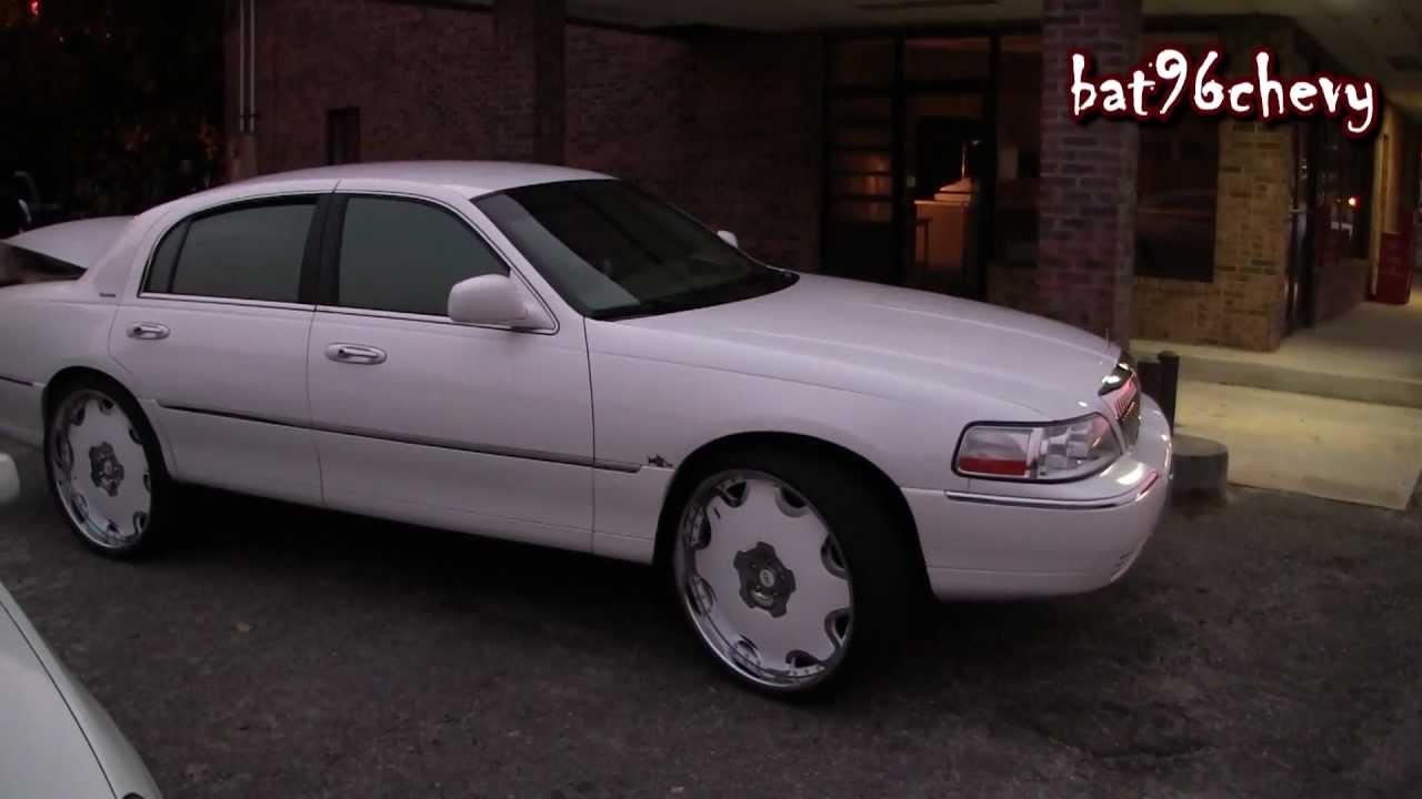 "Lincoln Town Car >> White Lincoln Town Car on 26"" Forgiato Fiore's - 1080p HD - YouTube"