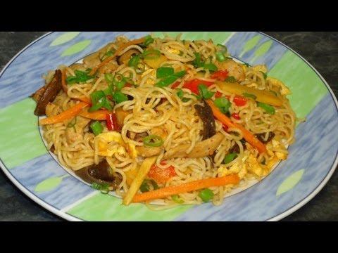 Рецепт: Лапша по Китайски с Куриным мясом и овощами